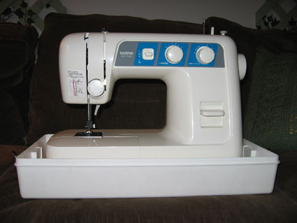 sewing_machine2.jpg
