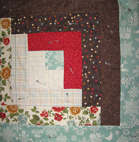 quilt_block_pinned.jpg