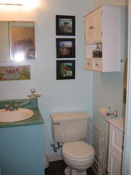 bathroom3.jpg